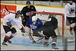 Name: 120830_icedogs-black_and_white_0026.jpg    