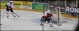 Name: 141016-icedogs-bulldogs-3-023.jpg    