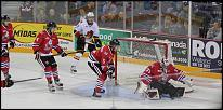Name: 141016-icedogs-bulldogs-3-025.jpg    